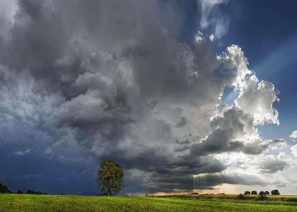 opady deszczu i burze przez caly tydzien
